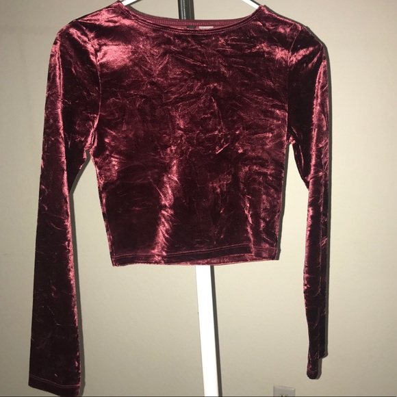 72b919e144c H&M Tops | Hm Divided Velvet Longsleeve Crop Top | Poshmark